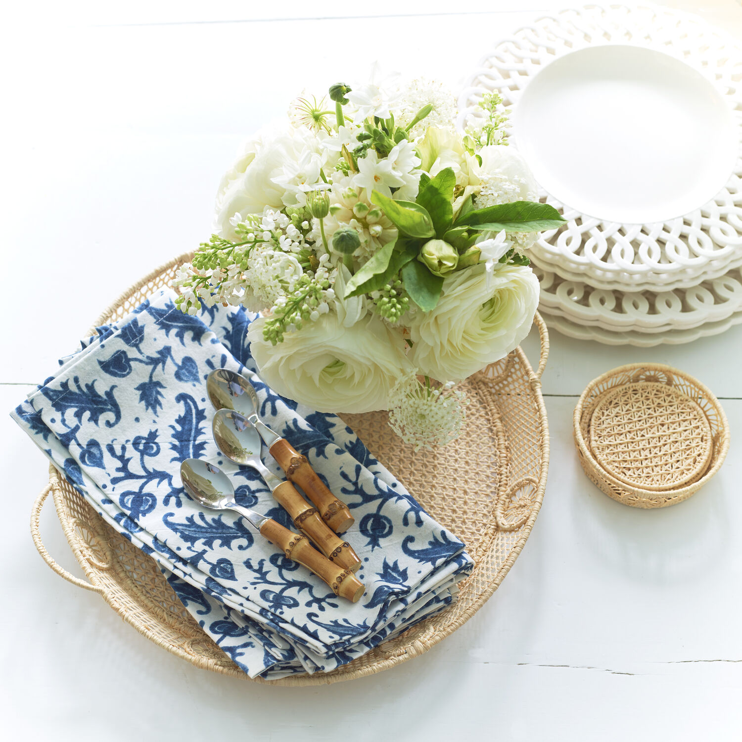 Wicker Round Tray