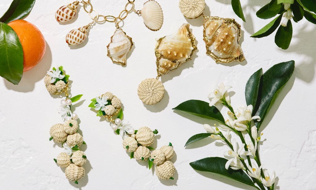 The new bracelet and earrings by AERIN x Mercedes Salazar inspired by the new AERIN fragrance, Aegea Blossom